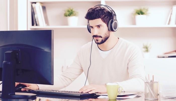 Aumentare la concentrazione grazie alle canzoni