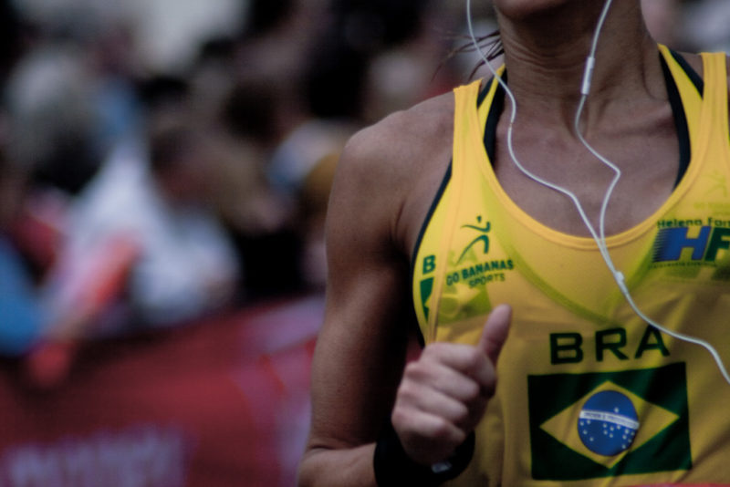 Perché gli atleti ascoltano le canzoni Il ruolo della musica nello sport