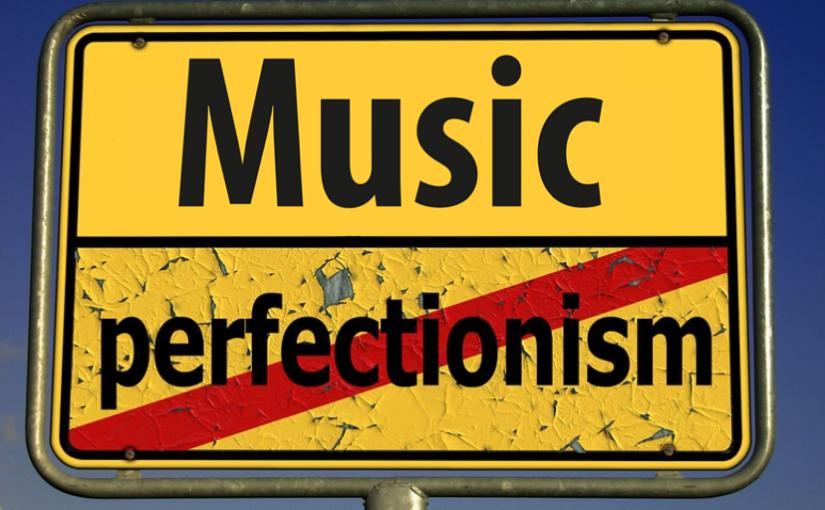 Conosci qualcuno che è troppo perfezionista? Forse dovrebbe ascoltare queste canzoni
