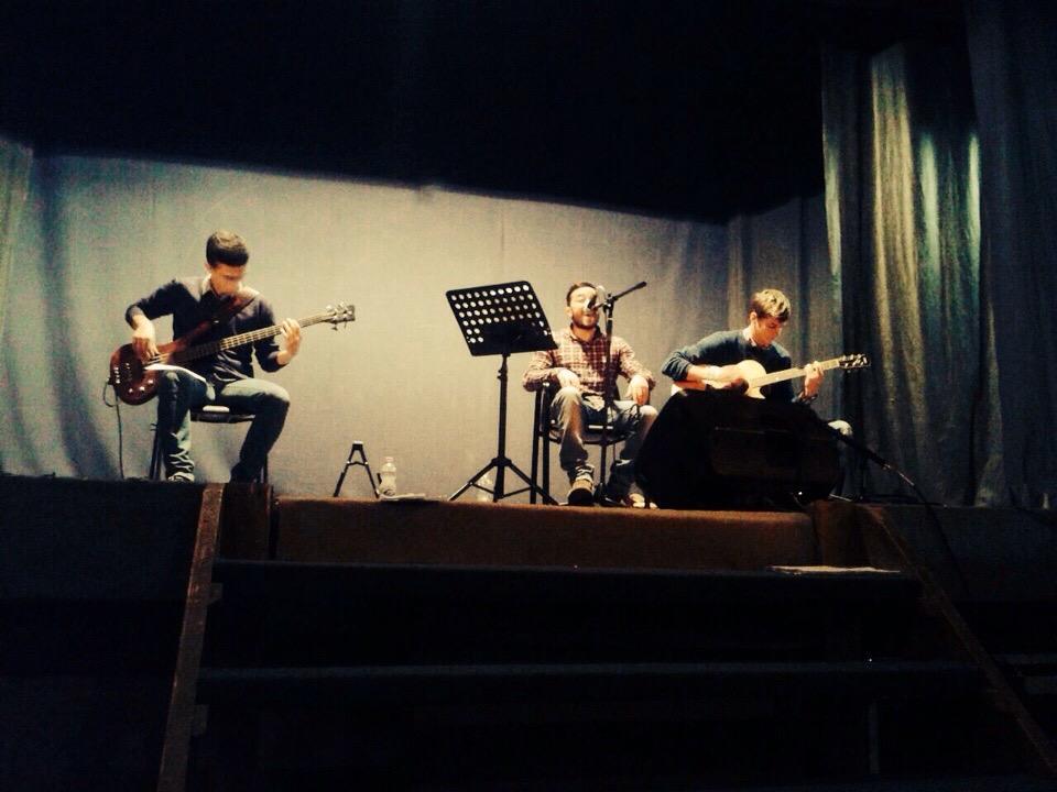 La psicologia del rock a teatro; Con il mio gruppo musicale: Le Ferite