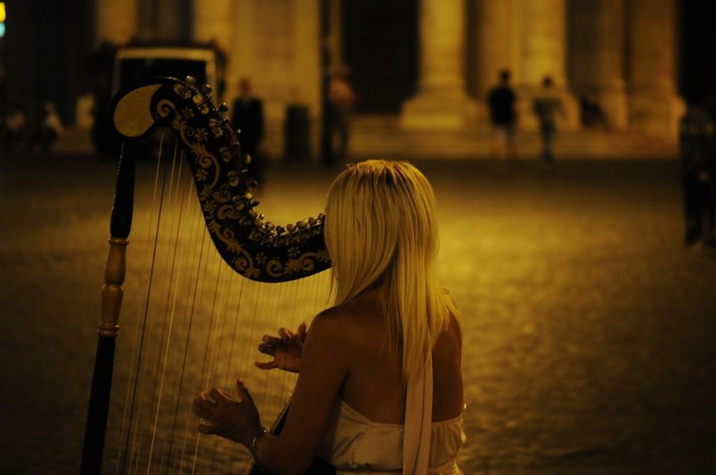 I generi musicali non esistono. La mente divide le canzoni in 3 parti