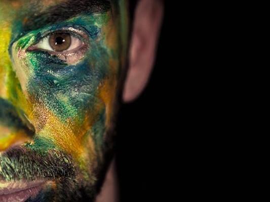 Jacopo Ratini,canzoni e psicoterapia: il cambiamento parte dalla conoscenza di sé