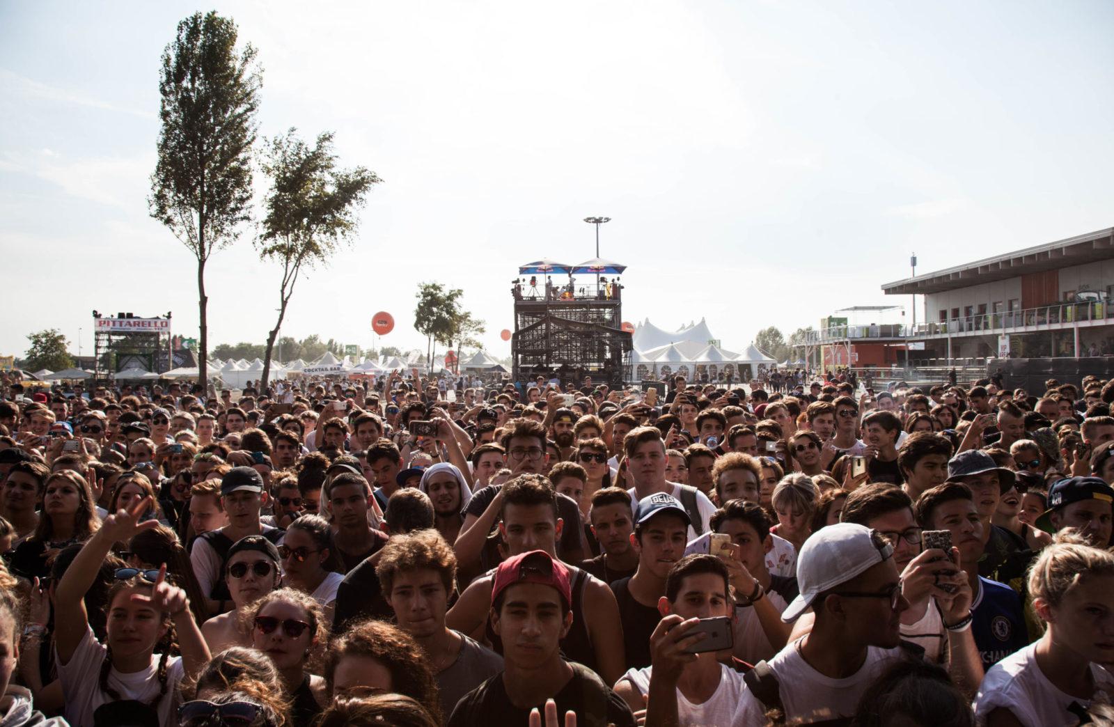 Cosa pensa, cosa crede chi porta 88.000 persone ad un festival musicale