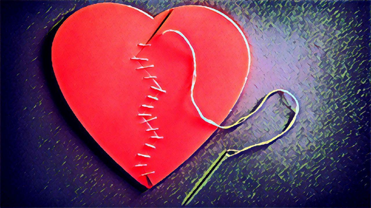 Conosci qualcuno che soffre per amore? Leggi come la rapper Dessa ha superato il suo dolore
