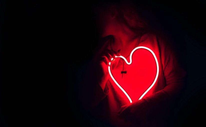 Sette canzoni per (ri)conoscere ed allontanarsi dall'amore tossico (e distruttivo)